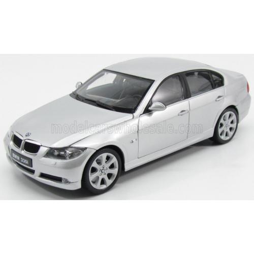 BMW E90 330i (2007)