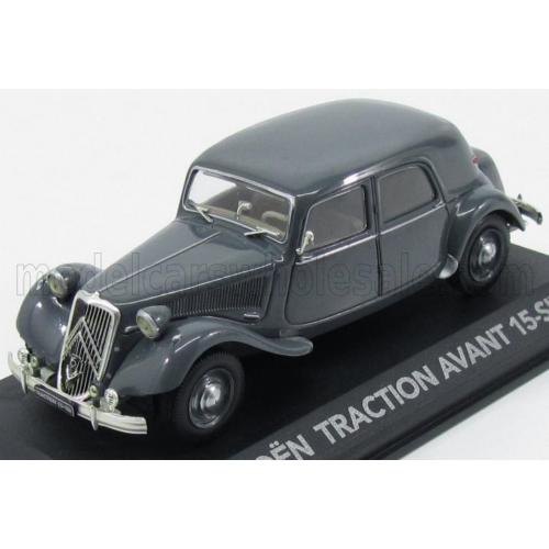 Citroen Traction Avant 15CV (1952)