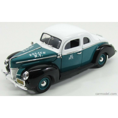 Ford De Luxe NYC Police (1940)
